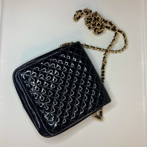 Amanda Smith Black Patent Leather Purse